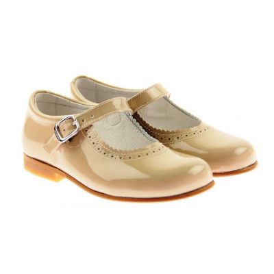 Andanines Camel Patent Mary Jane Shoes