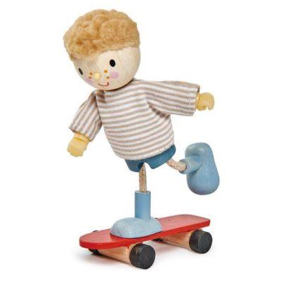 Tender Leaf Toys Edward & His Skateboard
